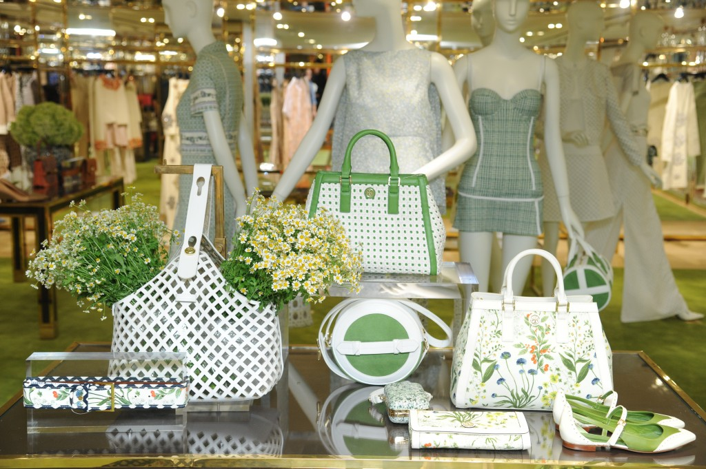 FASHION ONE BOUTIQUES: Tory Burch en Hong Kong